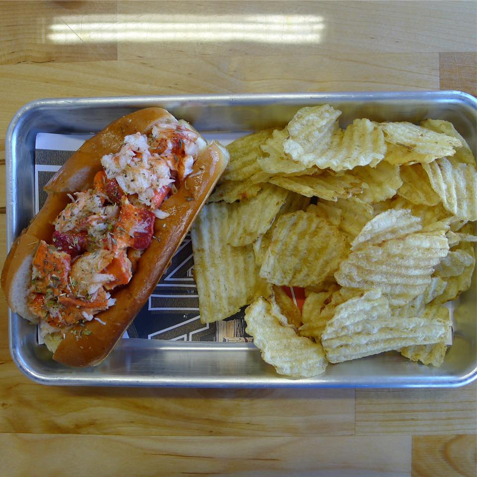 Freshies Lobster Roll