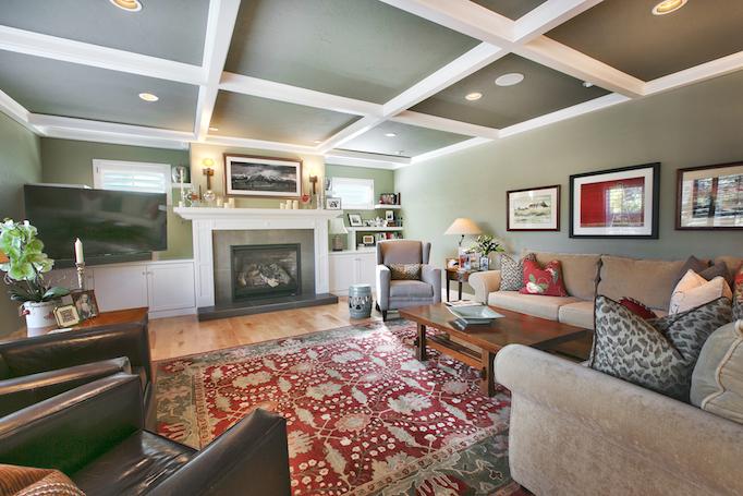 Silver Springs living room